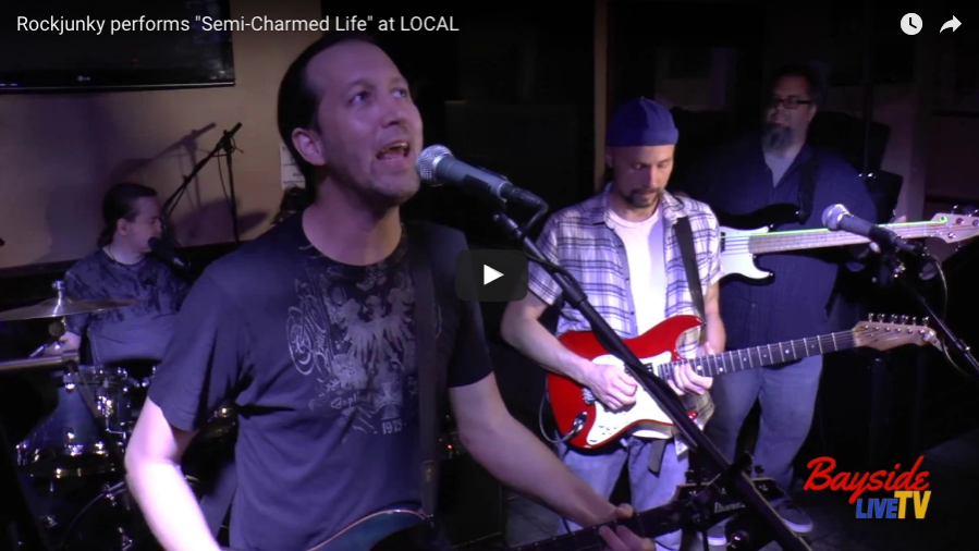 "Rockjunky performs ""Semi-Charmed Life"""